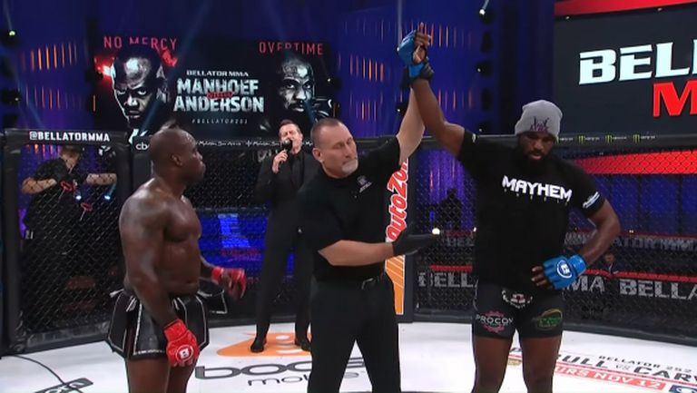 Кори Андерсън дебютира в Bellator с нокаут над Манхоф