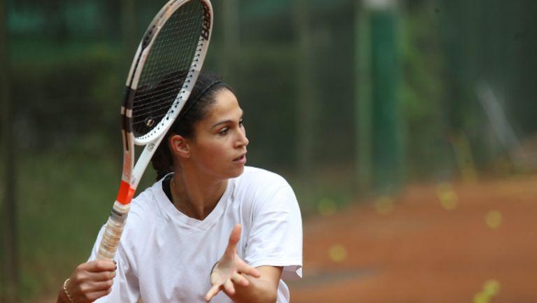 Шиникова отпадна в първия кръг на квалификациите в Линц