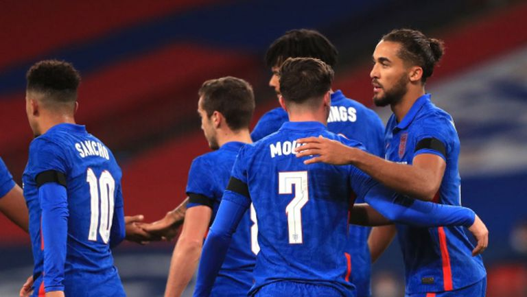 Англия вкара три на ирландците, които са без гол вече 480 минути
