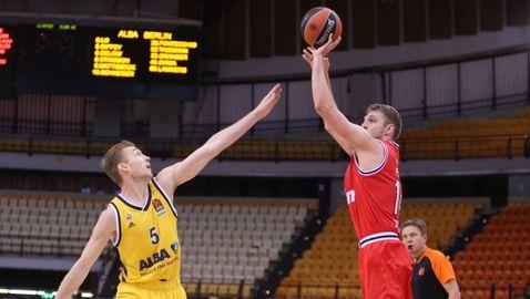 Везенков и Олимпиакос са в топ 3 на Евролигата (видео)