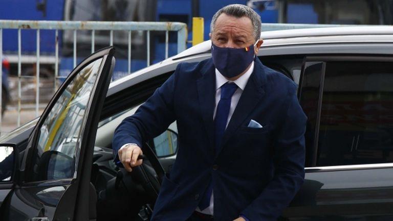 Стоянович каза защо прие да дойде за по-малко пари и заяви: Левски не е толкова зле, колкото изглежда