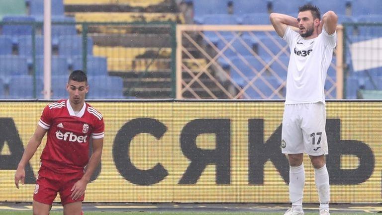 Дерменджиев извика по спешност играч на Славия за мача с Ейре