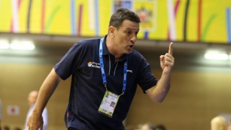 Георги Младенов събира националния отбор до 20 години на лагер