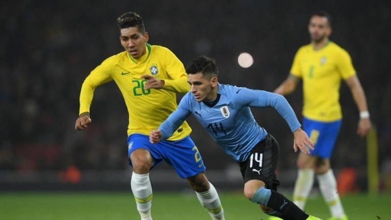 Още трима играчи и петима от щаба на Уругвай са с COVID-19