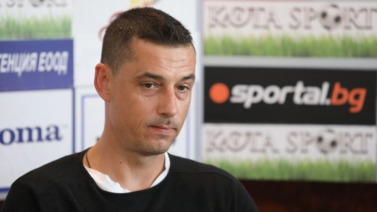 Александър Томаш подписва с Етър днес