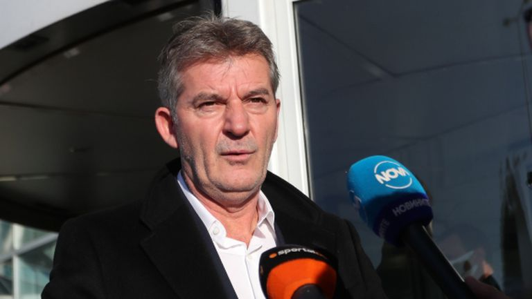 Костадинов: Огорчен съм от представянето на националния отбор