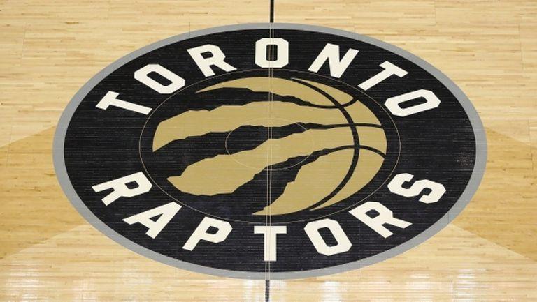 Не позволиха на Раптърс да започнат сезона в НБА в Канада