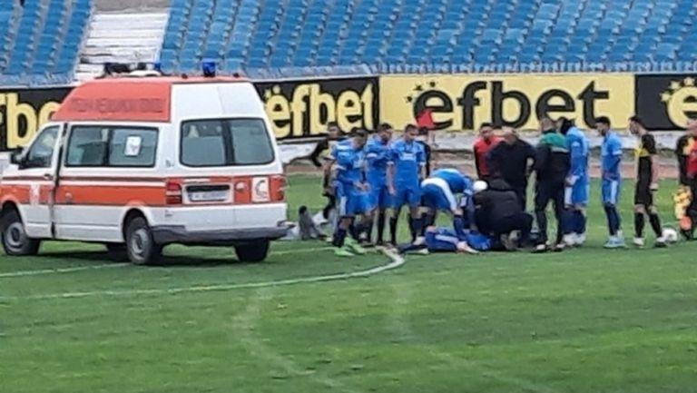 Линейка откара голмайстора на Несебър след тежък сблъсък