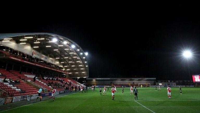 Шефът на Английската футболна лига: Завръщането на феновете ще вдъхне живот на малките клубове