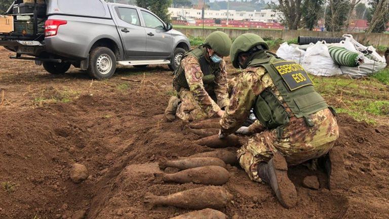 Откриха невзривени бомби на тренировъчната база на Рома