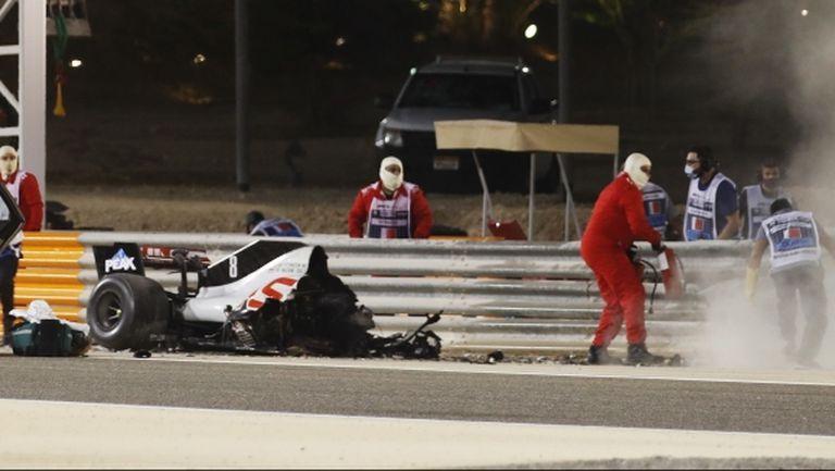 Хамилтън спечели в Бахрейн, пилот едва не загуби живота си при ужасяващ инцидент