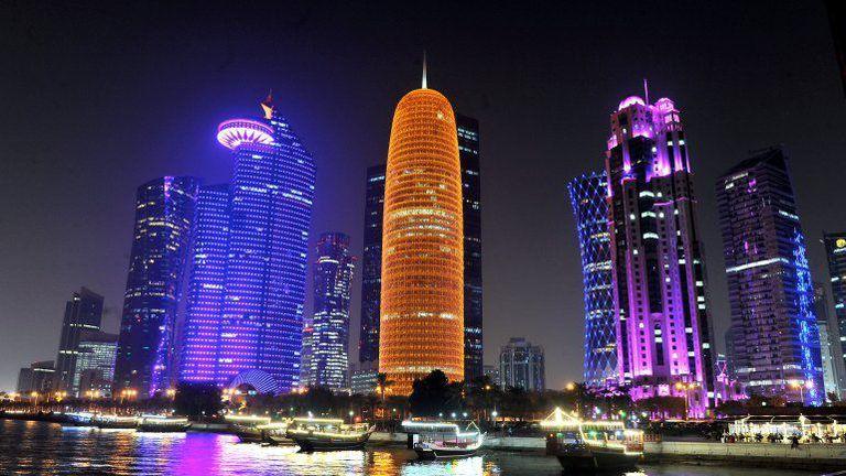 Катар планира да открие нови 20 хиляди хотелски стаи за Световното