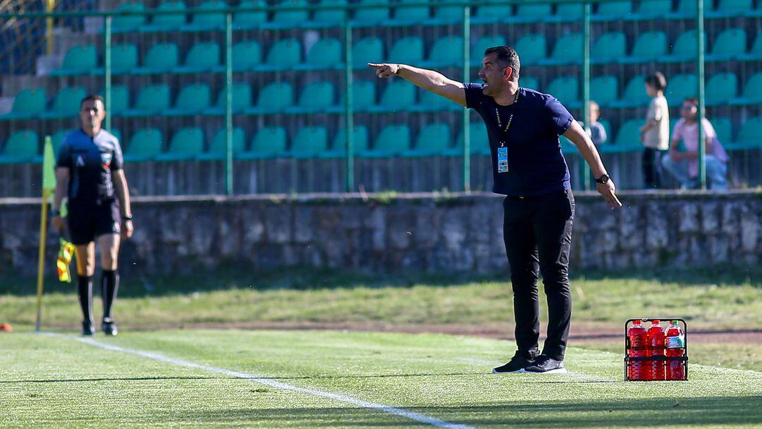 Веско Великов: Извинявам се на феновете ни за загубата в Разград, призовавам ги за подкрепа срещу Хебър
