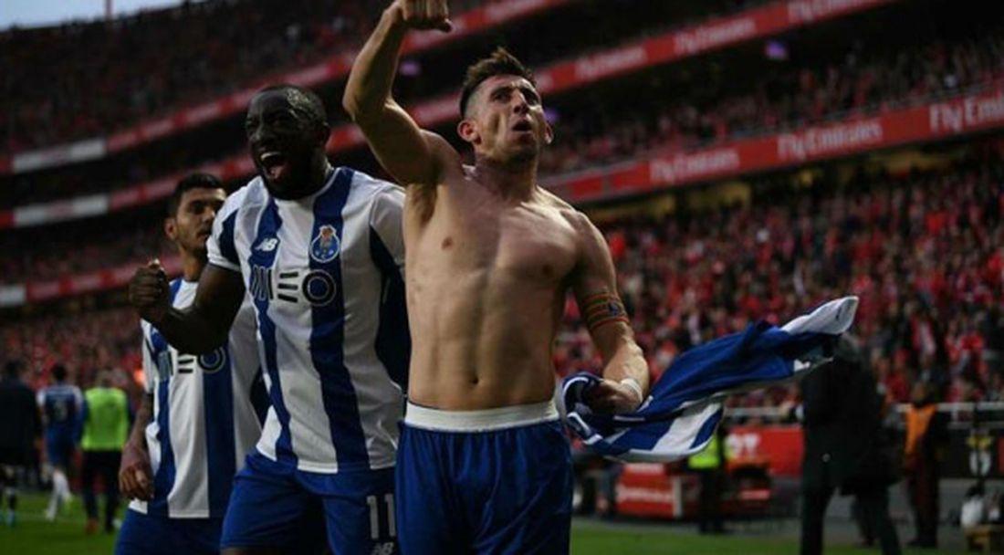 Порто докосва титлата след драма в края на дербито (видео)