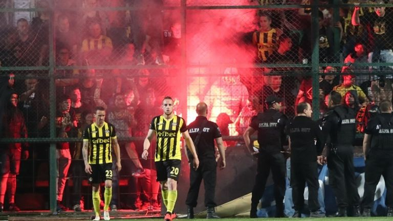 Бултрасите: Заплашват футболисти на Ботев преди мача със Славия