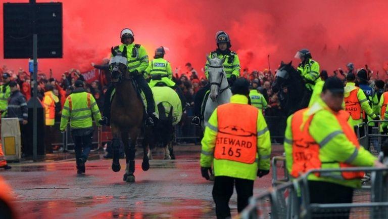 В УЕФА шокирани от инцидентите преди Ливърпул - Рома