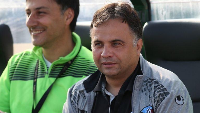 Митов искал да смени половината отбор на Септември още през първата част