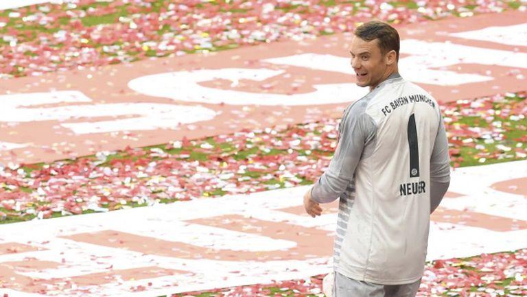 Нойер попадна в групата на Байерн за финала за купата