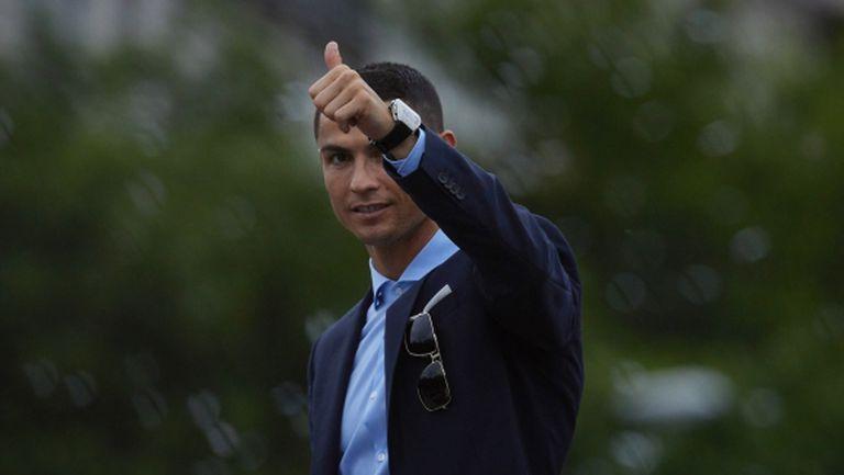 ПСЖ готов да изравни CR7 по заплата с Меси, но в Реал няма да харесат офертата