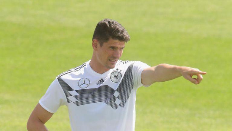 Марио Гомес поднови тренировки с Германия