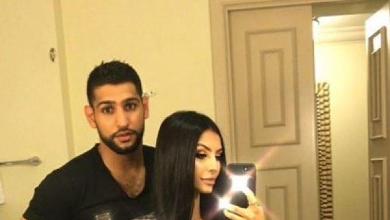 Амир Хан се раздели драматично с жена си заради Антъни Джошуа (снимки)