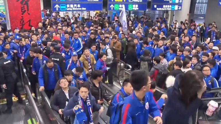 Стотици посрещнаха Тевес в Шанхай