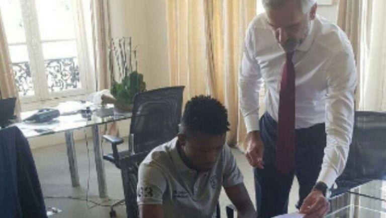 """""""Екип"""": Бордо плати 7.6 млн. евро за Джонатан Кафу"""