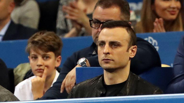 Бербатов подкрепя Григор от трибуните
