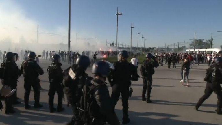 Насилие завладя футбола в Европа