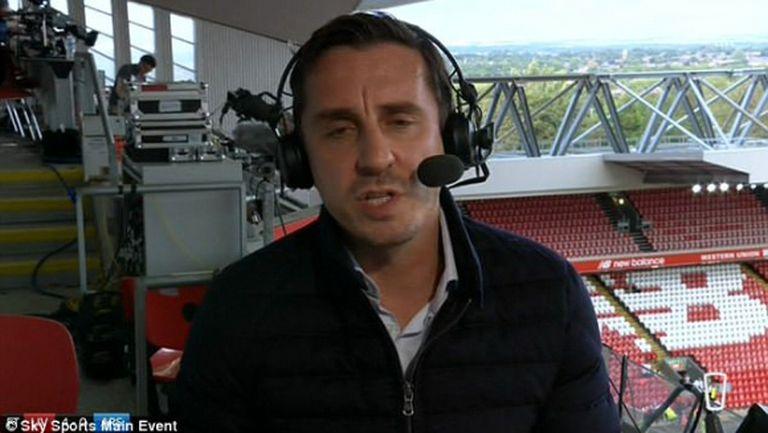Гари Невил би продал всички от Арсенал