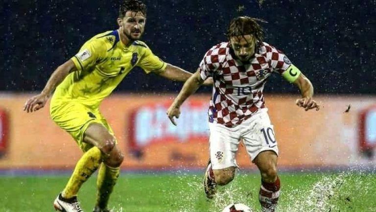 Модрич побесня срещу ФИФА заради доиграването с Косово