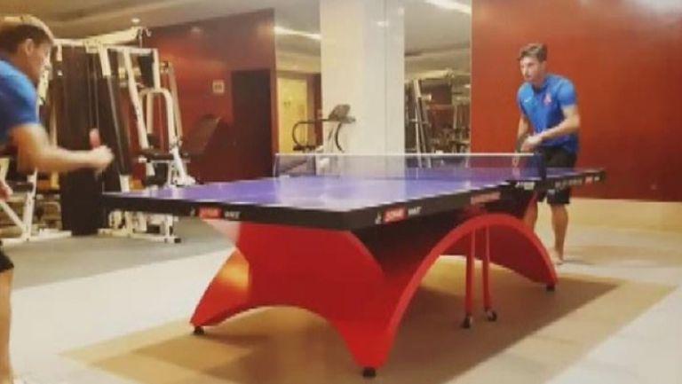 Божинов разцъква тенис на маса в Китай