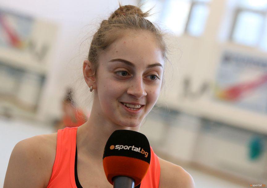Тренировка на националния отбор по художествена гимнастика