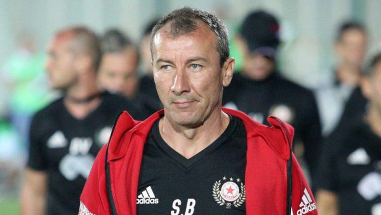 Стамен Белчев анонсира промени в състава за мача с Несебър