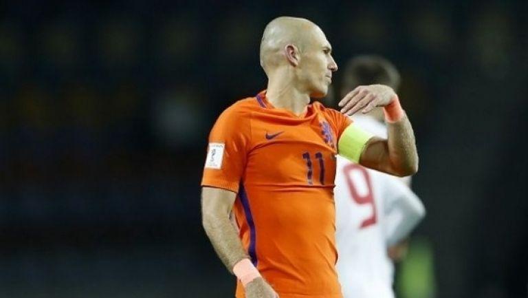 Холандия победи Беларус, но има минимални шансове за класиране
