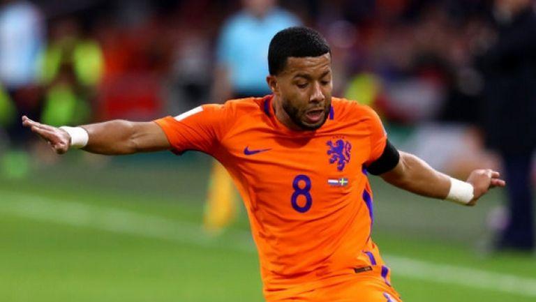 Холандия - Швеция 2:0