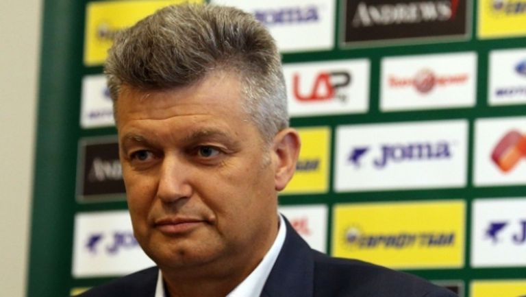 Боби Михайлов спрял напускането на шефа на съдиите