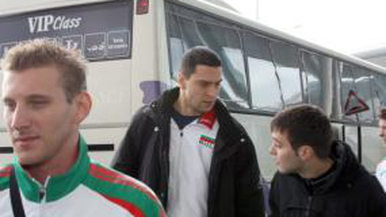 България е първия отбор пристигнал в Муцамото
