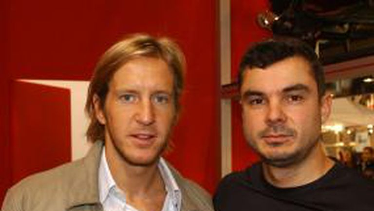 Масимо Амброзини и Иван Кристоф представиха скутери на Берлускони