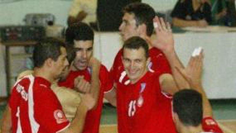Гръцката ΕΤ3 дава пряко мач на Супер Бобо и Гайдарски
