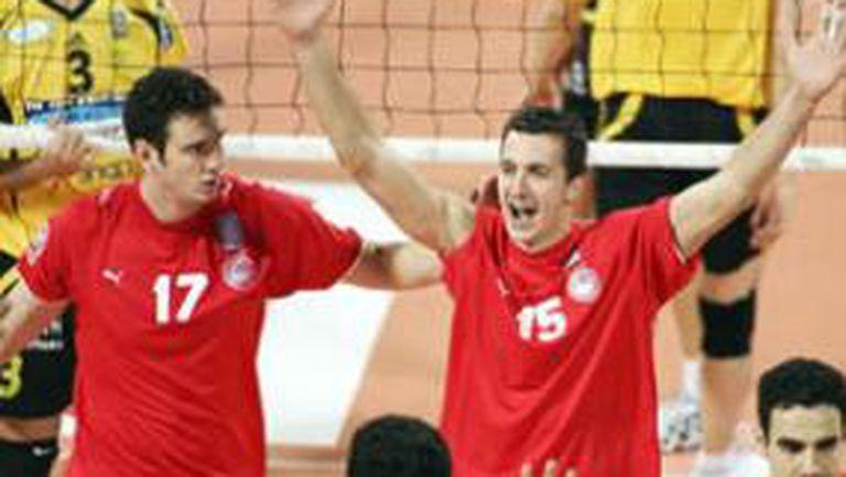 Супер Бобо и Гайдарски смачкаха Алмерия в Шампионската лига