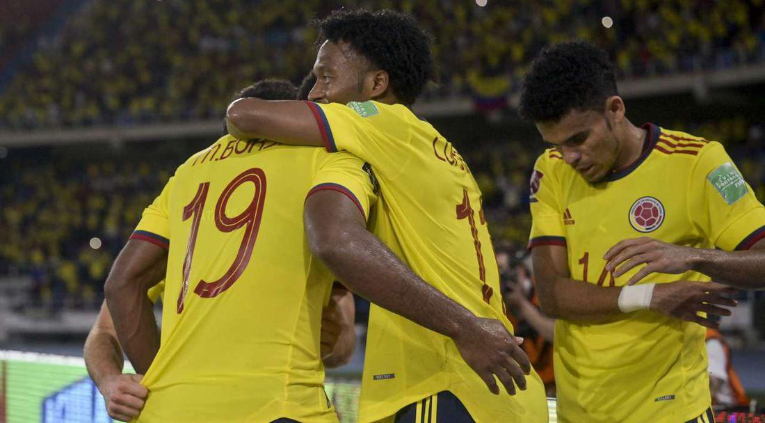 Колумбия продължи лошата серия на Чили