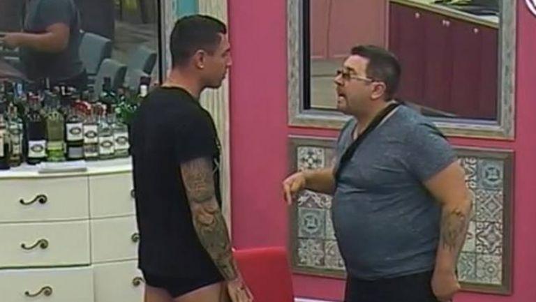 БГ Роналдо стресна пак Шеф Петров с нож и казан... (снимки)