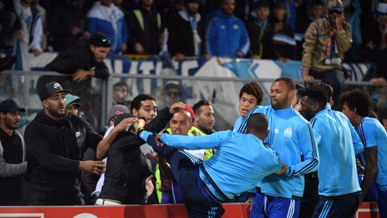 """""""Братът"""" на Бербатов сътвори прецедент в Лига Европа - изгониха го още преди мача (видео)"""