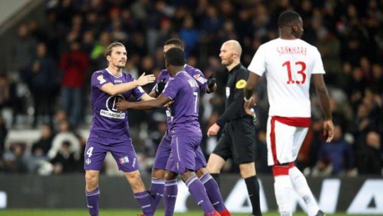 Тулуза изхвърли Бордо и Кафу от Купата на лигата във Франция (видео)