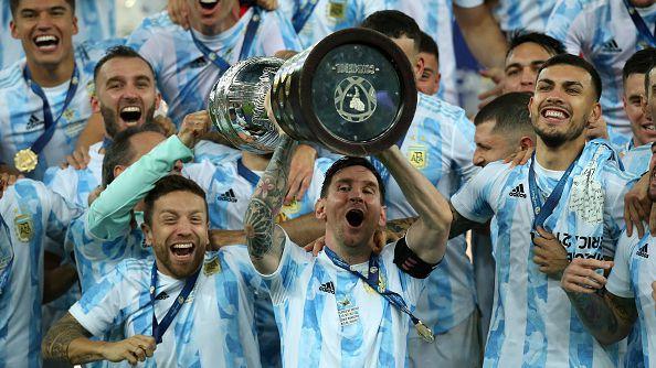 Меси спечели първи трофей с Аржентина