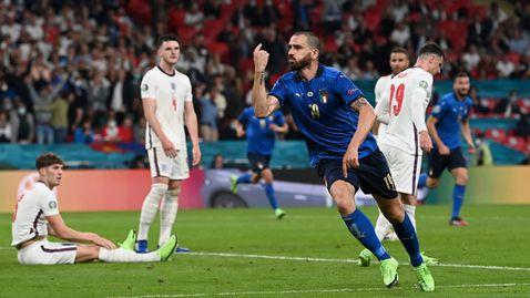 Бонучи върна Италия в мача