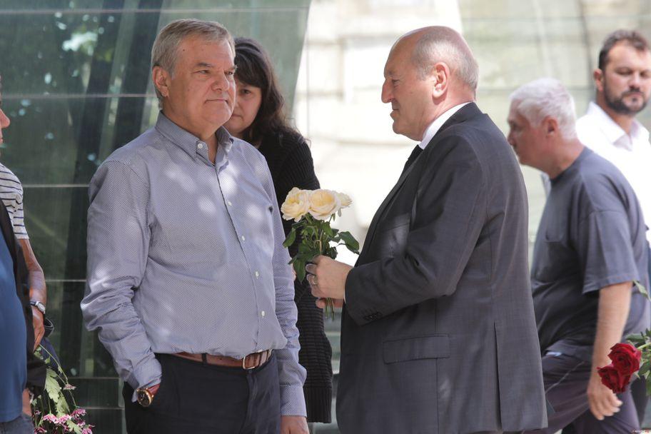 Легенди на Левски и България се сбогуваха с Бисер Михайлов