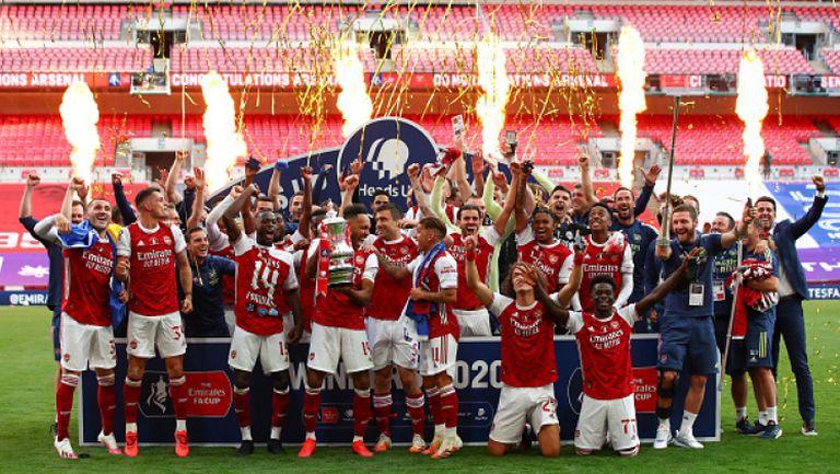 """Ще даде ли трофеят тласък на Арсенал за следващия сезон - гледайте """"Контра"""""""
