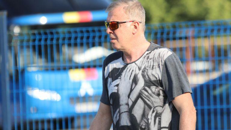 """Наско Сираков дойде на тренировката на """"сините"""""""